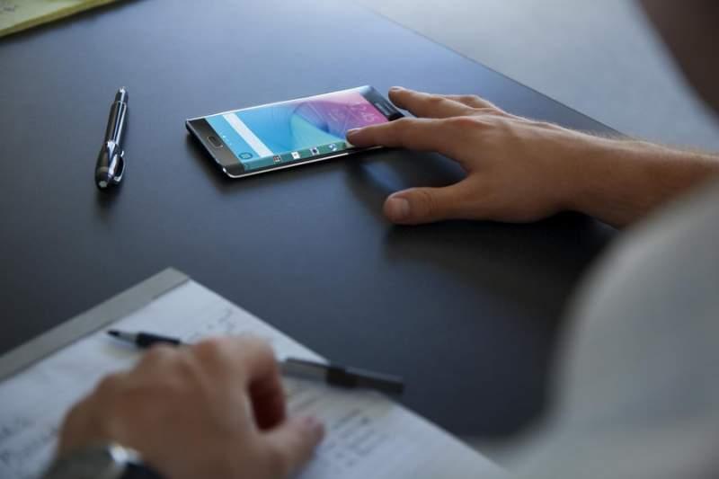 Samsung_Galaxy_Note_Edge_12